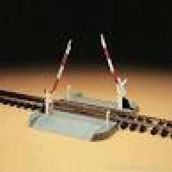 LGB - 50650 - Railway Barrier Crossing G Gauge 1:22.5