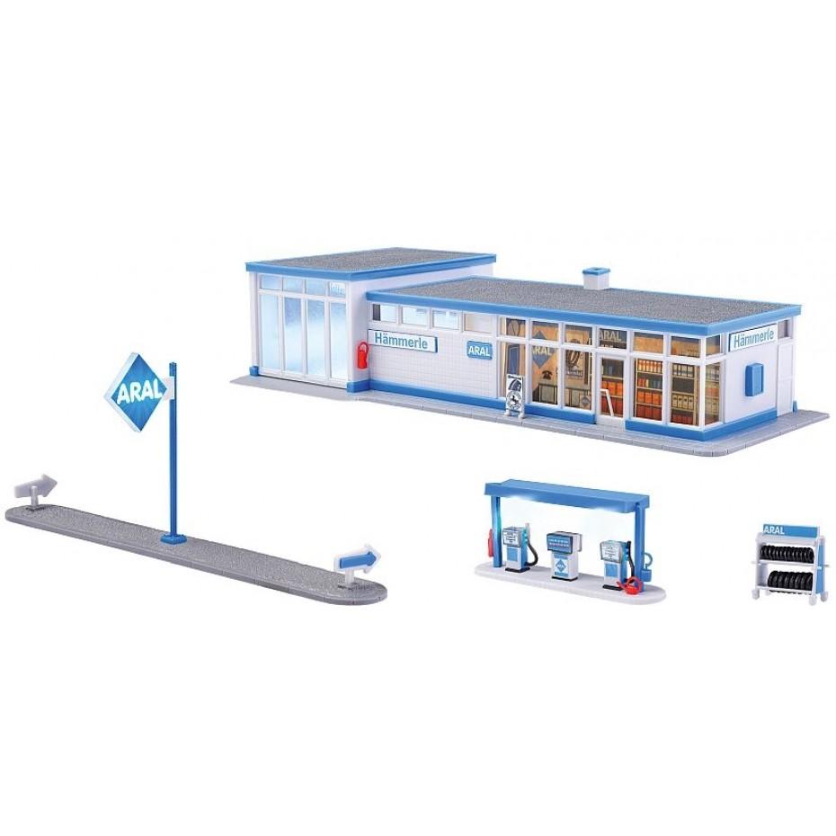 Kibri - 38544 - H0 Historical petrol station ARALincl. LED lighting, functional kit