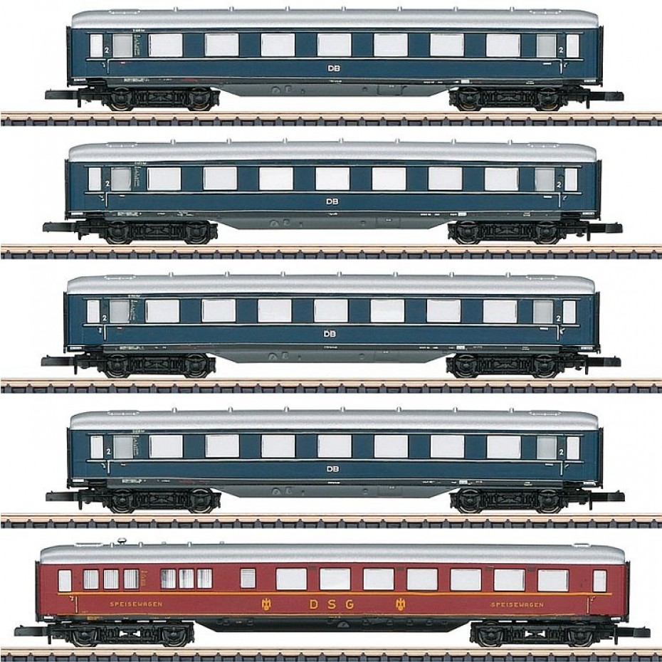 Marklin - 87357 - Express Train Skirted Car Set (Z Scale)