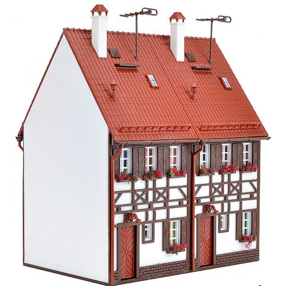 Vollmer - 43847 - H0 Semi-detached row house half-timbered