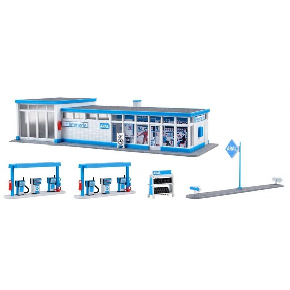 Kibri - 38541 - H0 ARAL petrol station