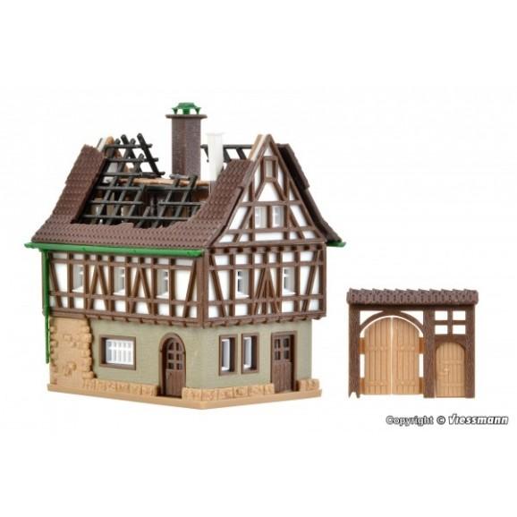 Vollmer - 49538 - Z Burning house